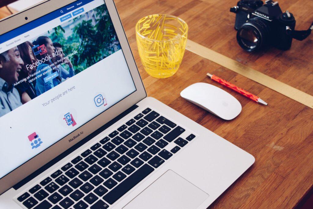 Facebook hirdetési helyek